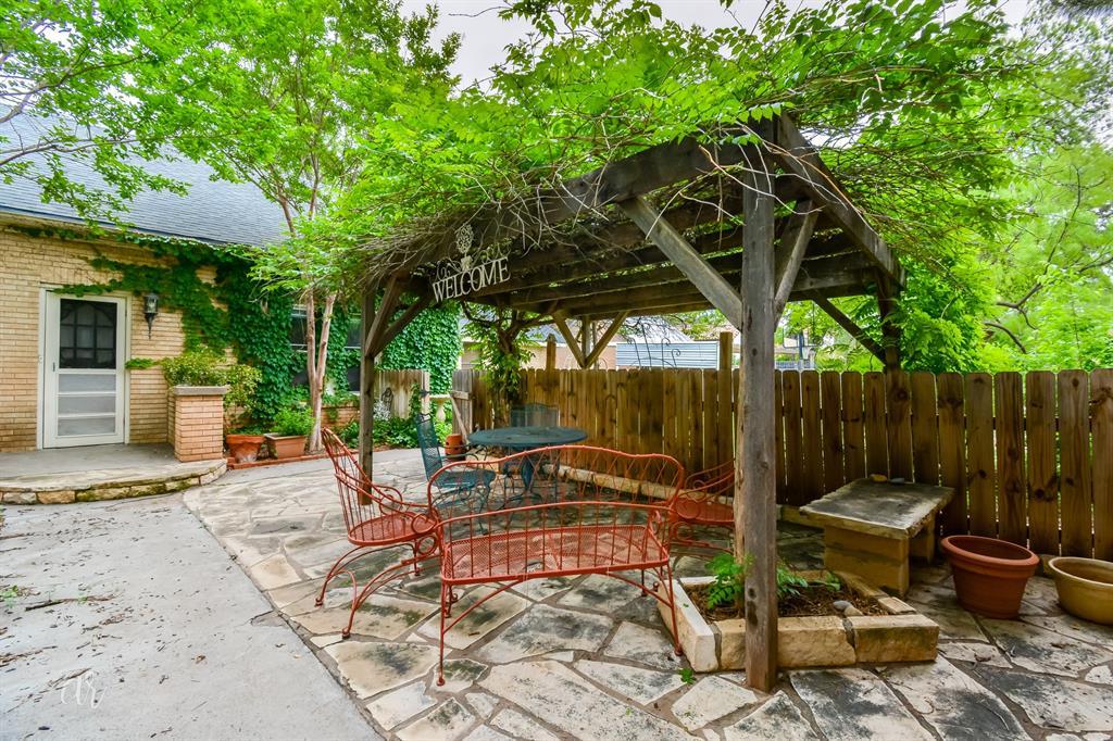 1102 Hollis  Drive, Abilene, Texas 79605 - acquisto real estate best realtor westlake susan cancemi kind realtor of the year