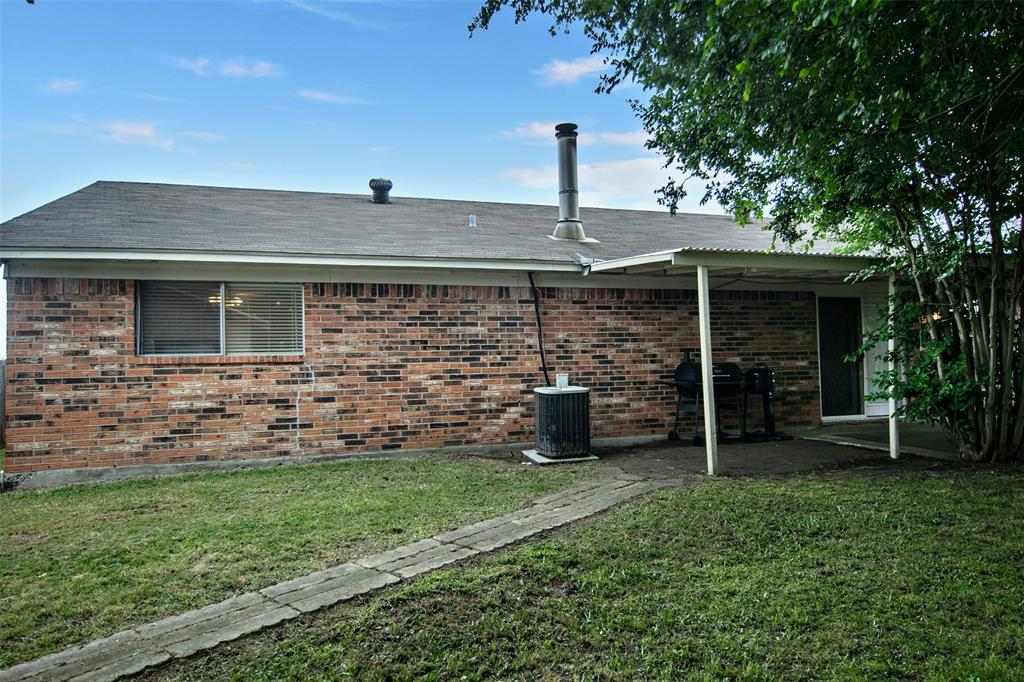1737 Northwood  Boulevard, Corsicana, Texas 75110 - acquisto real estate best listing photos hannah ewing mckinney real estate expert