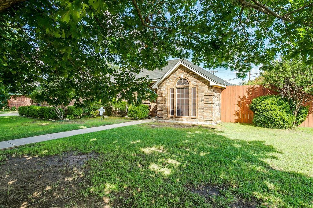 831 Irene  Street, Burleson, Texas 76028 - acquisto real estate best prosper realtor susan cancemi windfarms realtor