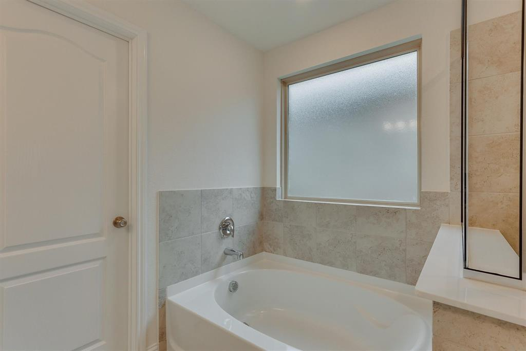 2633 Wheeler  Avenue, Aubrey, Texas 76227 - acquisto real estate best investor home specialist mike shepherd relocation expert