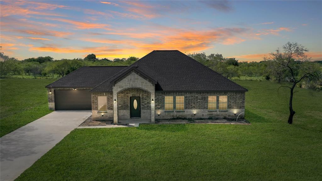 1310 Bandera  Drive, Kaufman, Texas 75142 - Acquisto Real Estate best frisco realtor Amy Gasperini 1031 exchange expert
