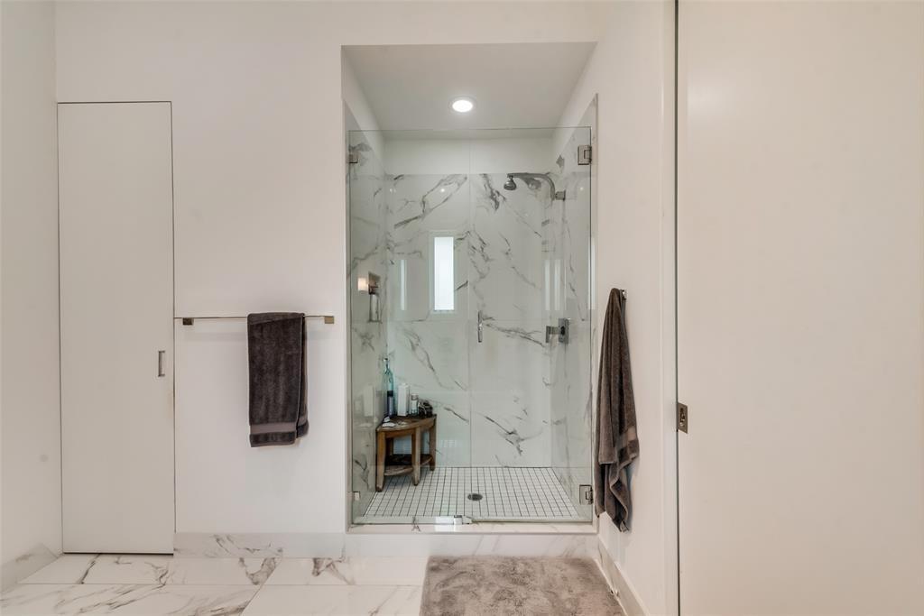 4711 Live Oak  Street, Dallas, Texas 75204 - acquisto real estate nicest realtor in america shana acquisto