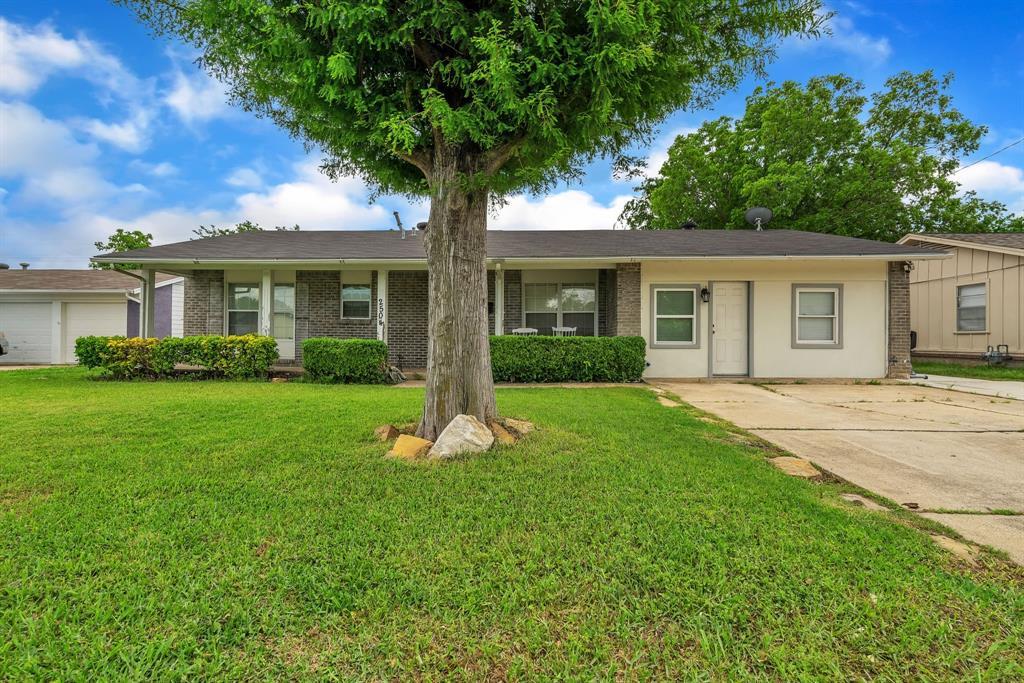 2504 Lasalle  Drive, Irving, Texas 75062 - Acquisto Real Estate best frisco realtor Amy Gasperini 1031 exchange expert