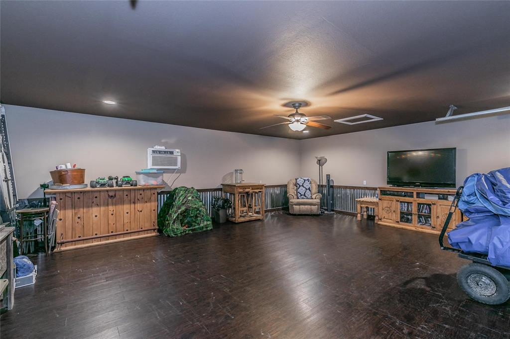 132 Fossil Rock  Drive, Azle, Texas 76020 - acquisto real estate best photo company frisco 3d listings