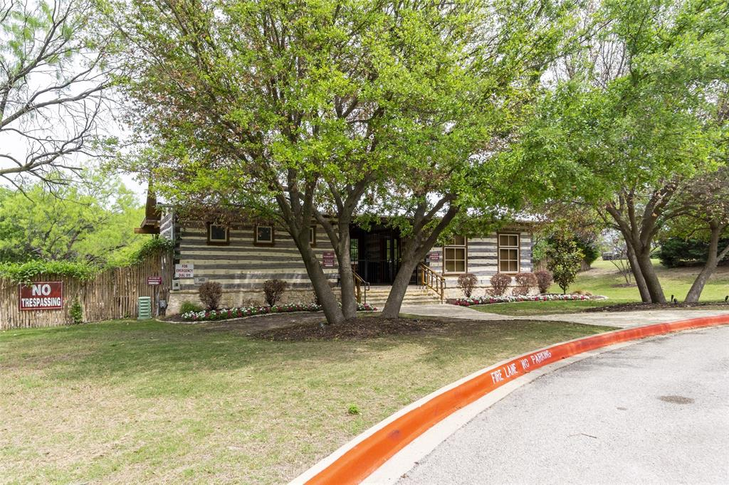 5941 Black Bass  Drive, Fort Worth, Texas 76179 - acquisto real estate best plano real estate agent mike shepherd