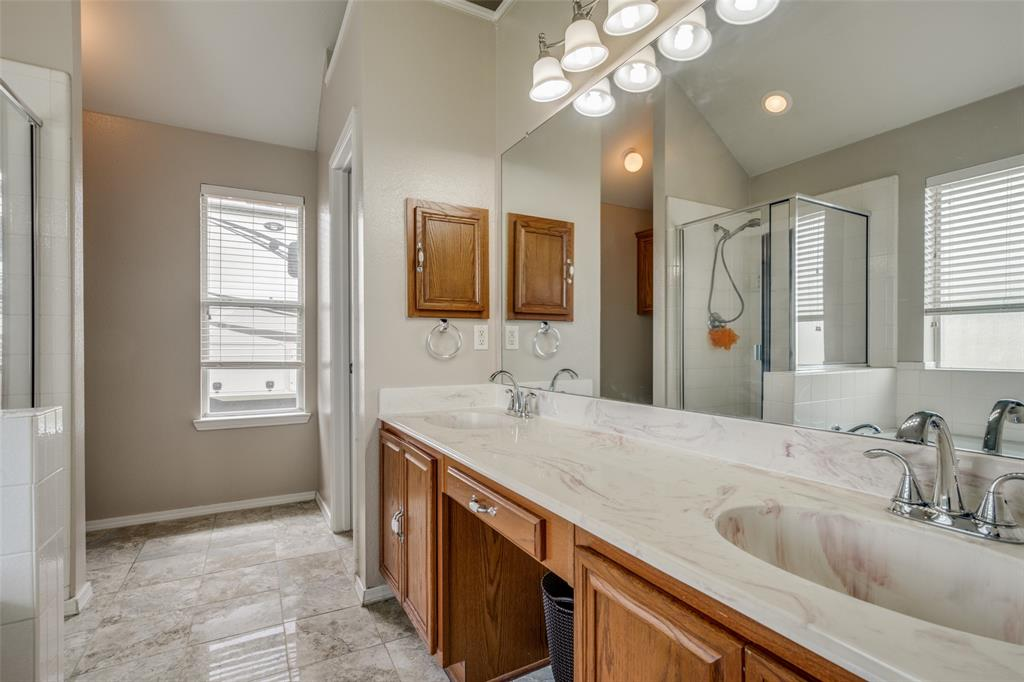 529 Kings Creek  Drive, Terrell, Texas 75161 - acquisto real estate best frisco real estate broker in texas for high net worth buyers
