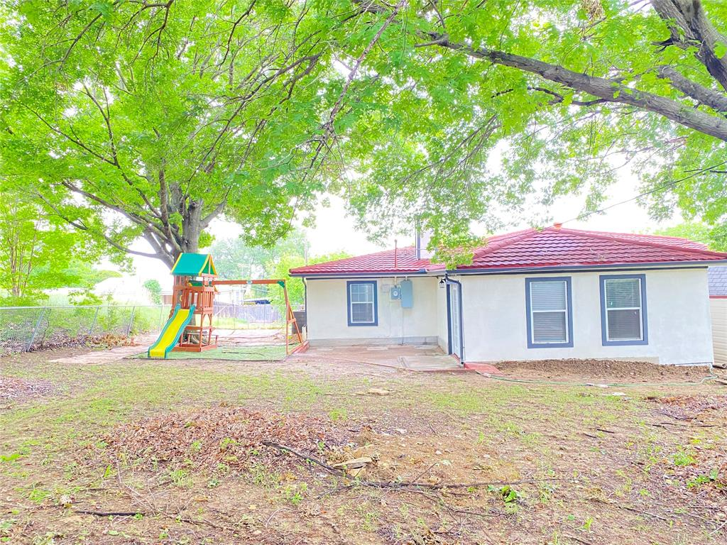 729 Pemberton  Drive, White Settlement, Texas 76108 - acquisto real estate best photo company frisco 3d listings
