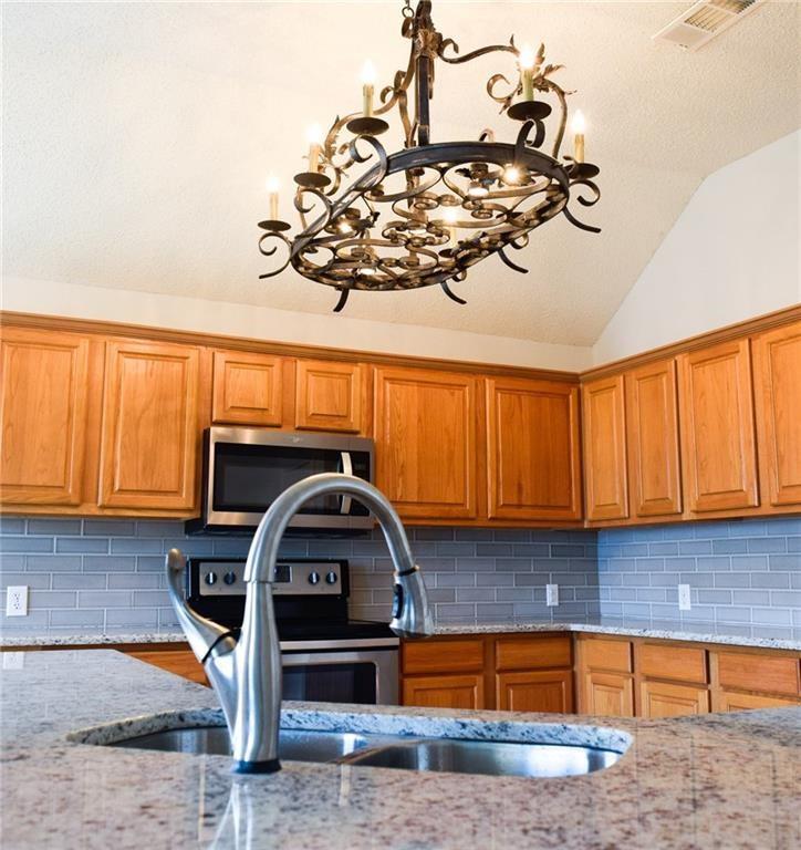 10408 Ambergate  Lane, Frisco, Texas 75035 - acquisto real estate best highland park realtor amy gasperini fast real estate service