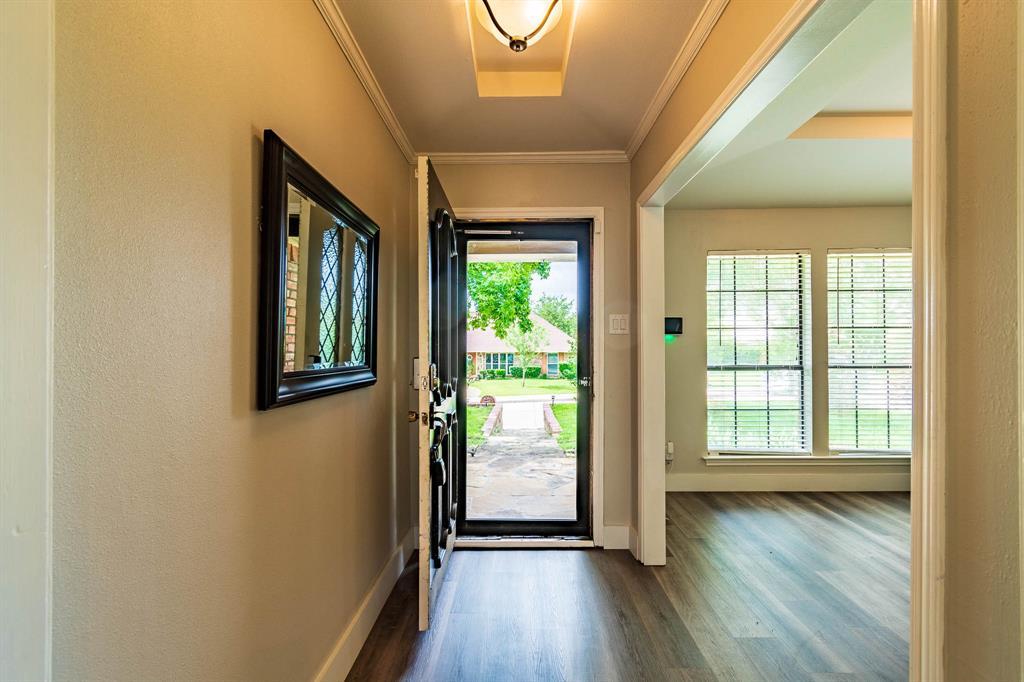 1949 Kentwood  Lane, Carrollton, Texas 75007 - acquisto real estate best the colony realtor linda miller the bridges real estate