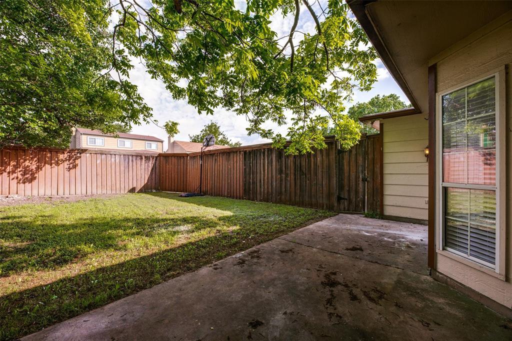 2213 Villawood  Lane, Garland, Texas 75040 - acquisto real estate best realtor foreclosure real estate mike shepeherd walnut grove realtor