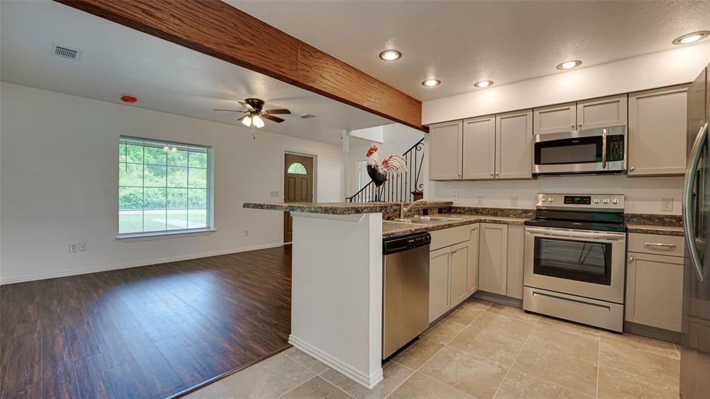 921 Bradleys  Bend, Tool, Texas 75143 - acquisto real estate best investor home specialist mike shepherd relocation expert