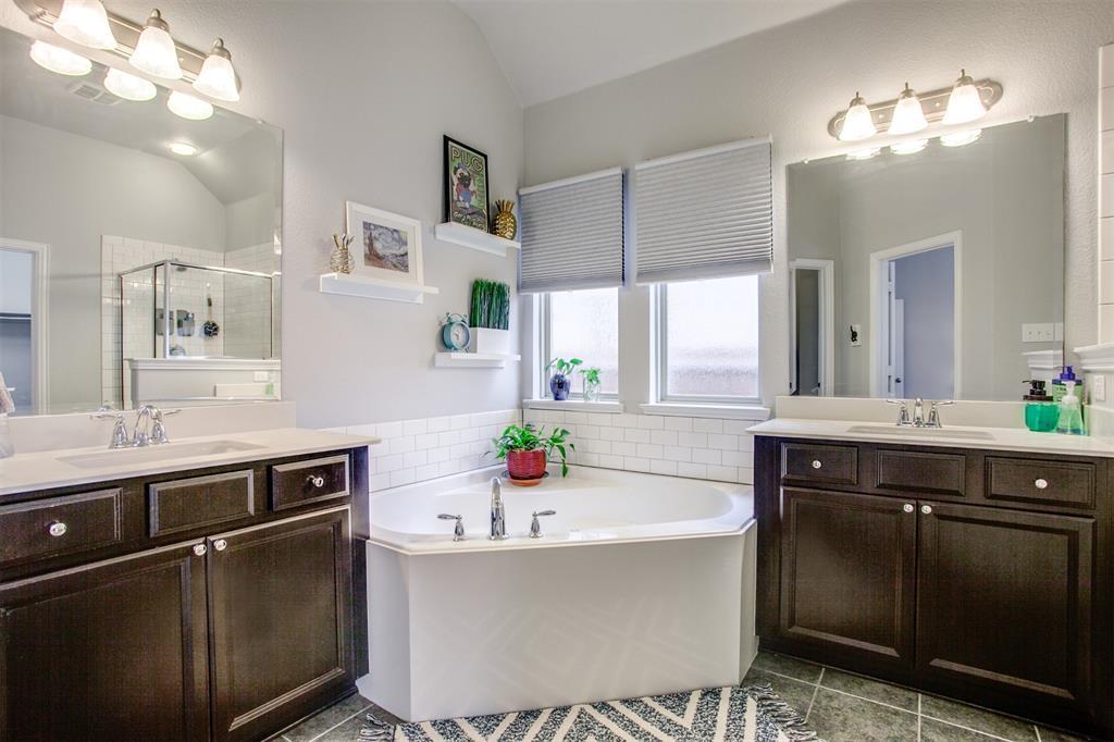 1724 Jace  Drive, McKinney, Texas 75071 - acquisto real estate best designer and realtor hannah ewing kind realtor