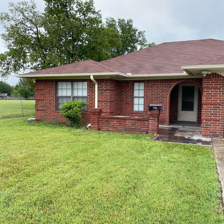 7300 Bob Hanger  Street, Fort Worth, Texas 76179 - Acquisto Real Estate best frisco realtor Amy Gasperini 1031 exchange expert