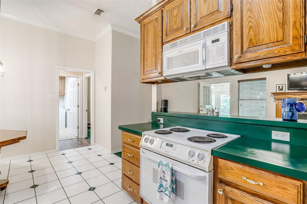 831 Irene  Street, Burleson, Texas 76028 - acquisto real estate best new home sales realtor linda miller executor real estate