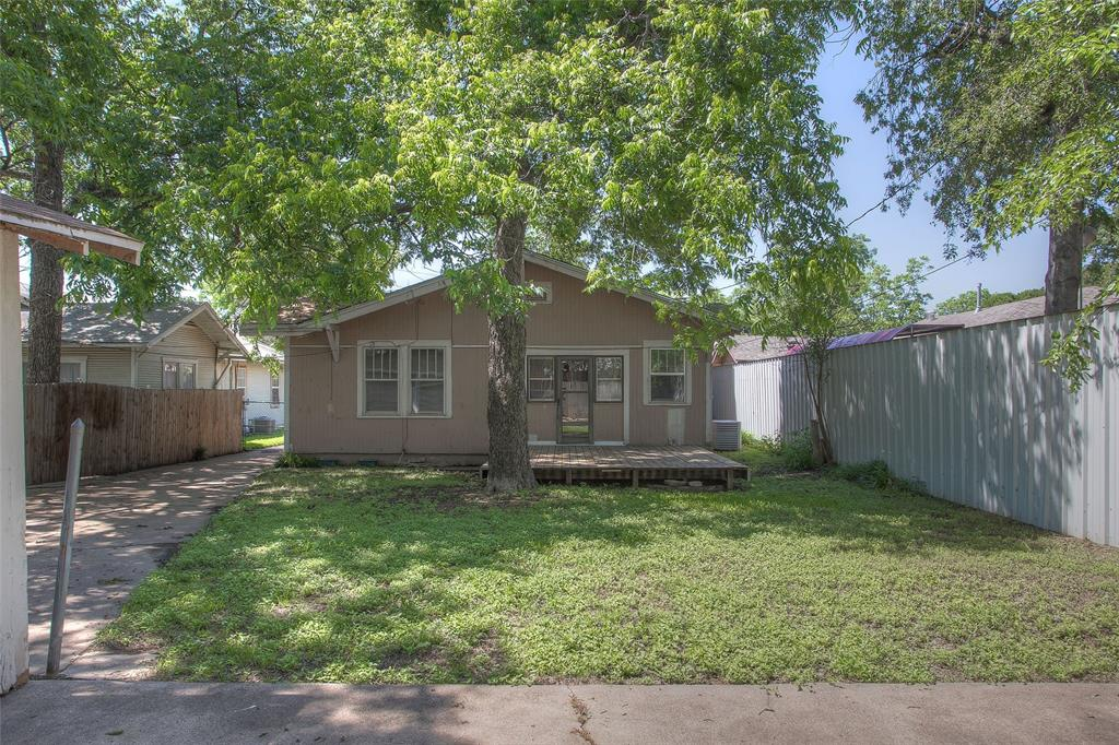 1012 Orange  Street, Fort Worth, Texas 76110 - acquisto real estate agent of the year mike shepherd
