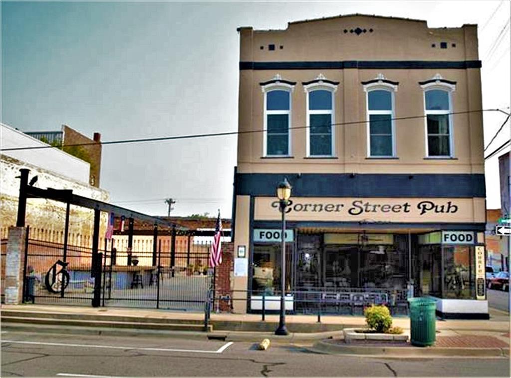 2702 Lee  Street, Greenville, Texas 75401 - Acquisto Real Estate best frisco realtor Amy Gasperini 1031 exchange expert