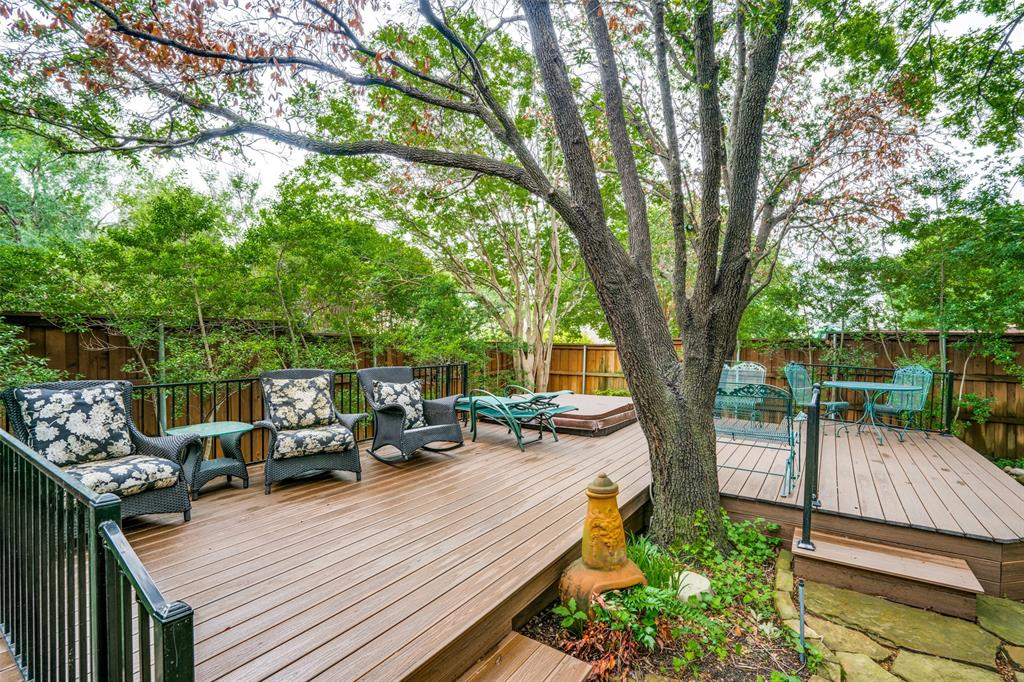 2209 Creekside  Circle, Irving, Texas 75063 - acquisto real estate best frisco real estate agent amy gasperini panther creek realtor