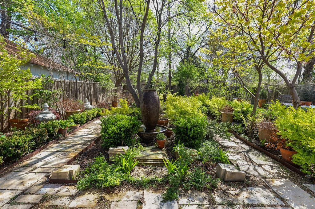 1510 Hampton  Road, Dallas, Texas 75208 - acquisto real estate best realtor foreclosure real estate mike shepeherd walnut grove realtor