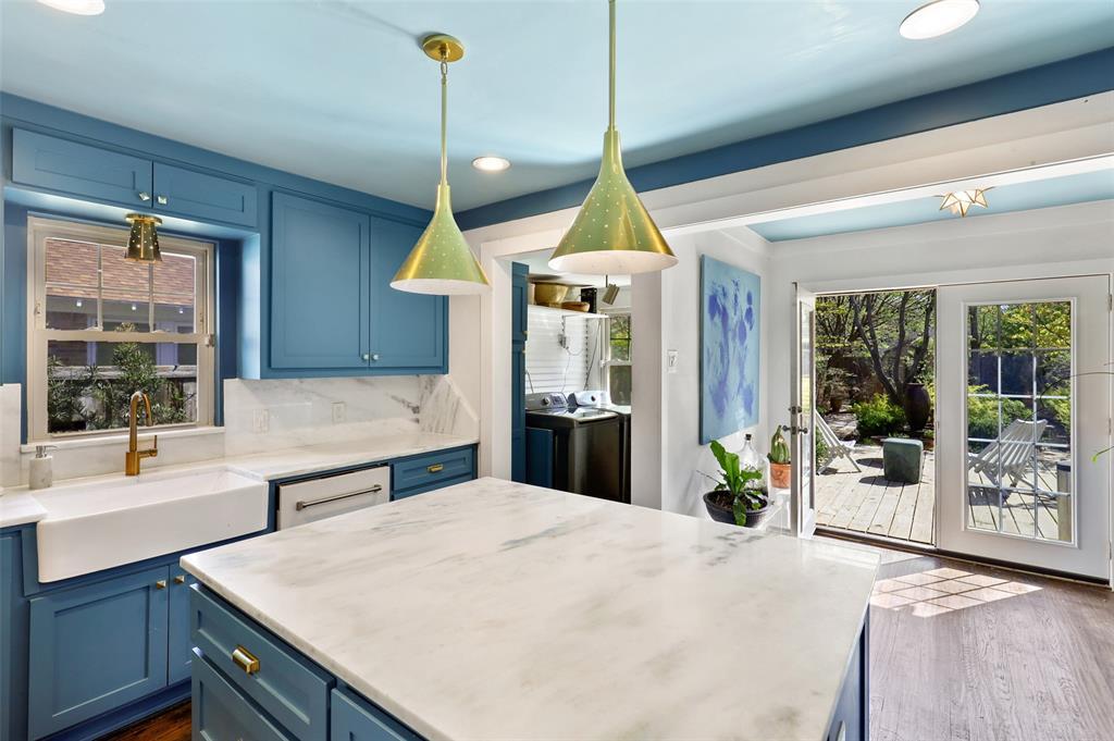 1510 Hampton  Road, Dallas, Texas 75208 - acquisto real estate best investor home specialist mike shepherd relocation expert