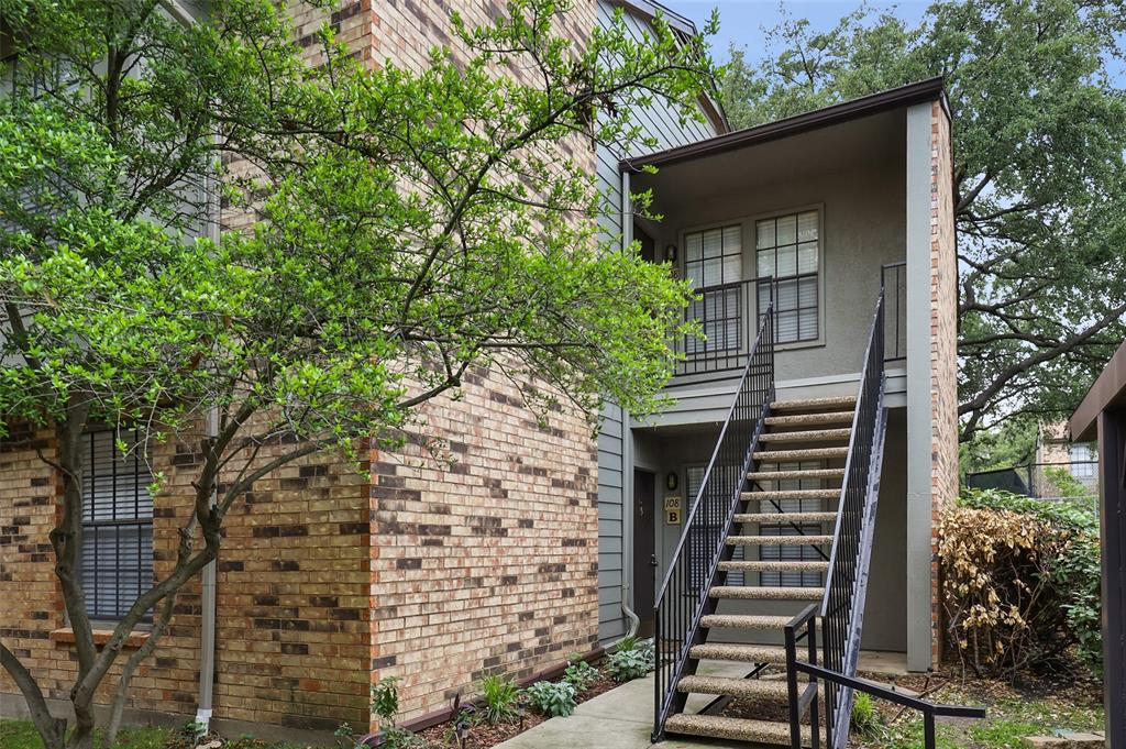 5335 Bent Tree Forest  Drive, Dallas, Texas 75248 - Acquisto Real Estate best plano realtor mike Shepherd home owners association expert