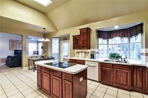 2021 Broadleaf  Drive, Arlington, Texas 76001 - acquisto real estate best real estate company in frisco texas real estate showings