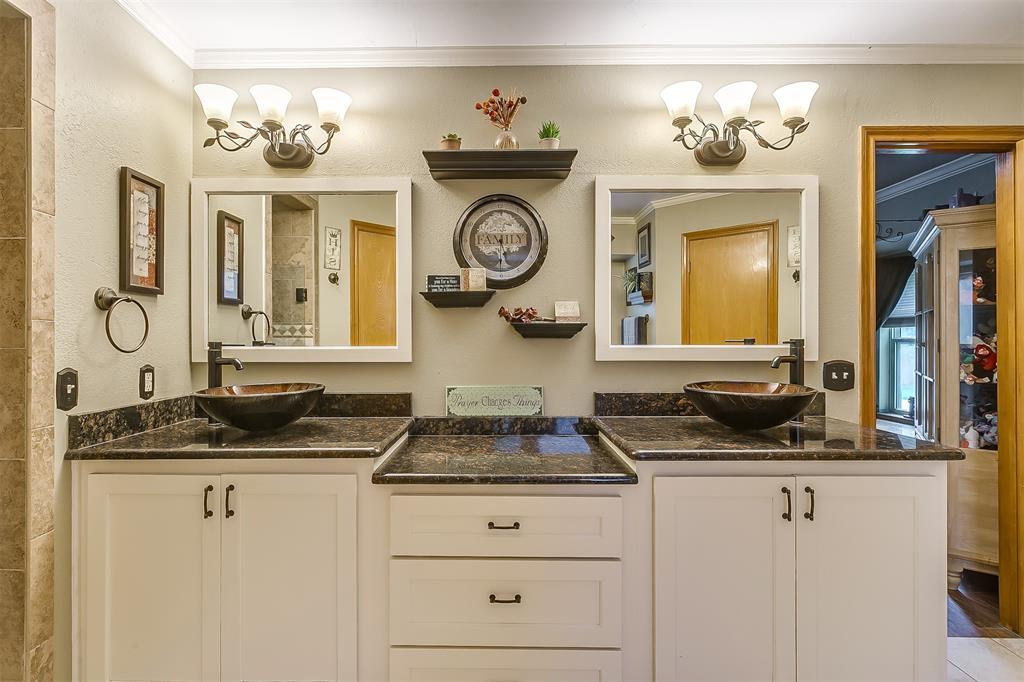 532 Forest Edge  Street, Burleson, Texas 76028 - acquisto real estate mvp award real estate logan lawrence