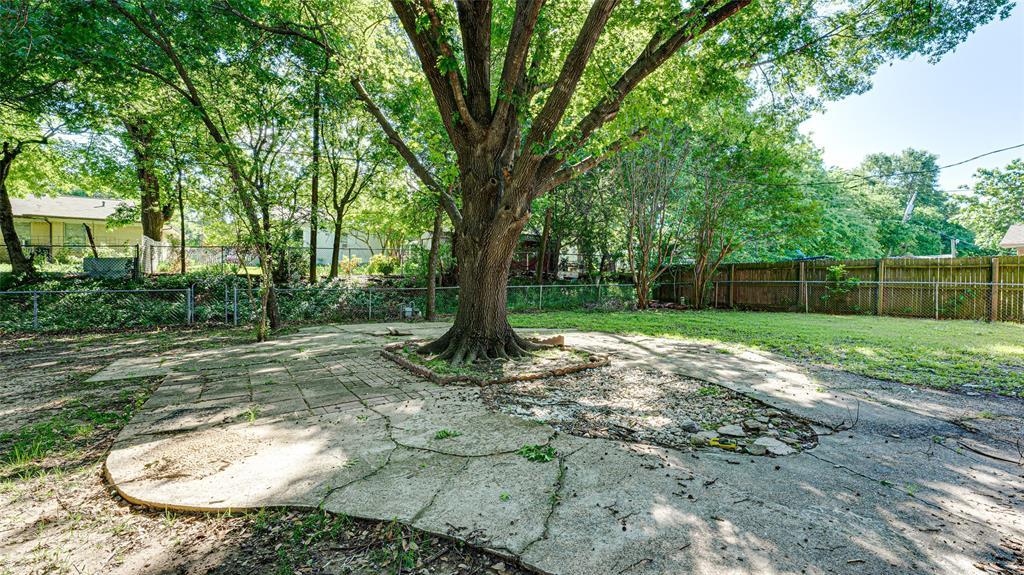 1508 Nichols  Street, Ennis, Texas 75119 - acquisto real estate best investor home specialist mike shepherd relocation expert