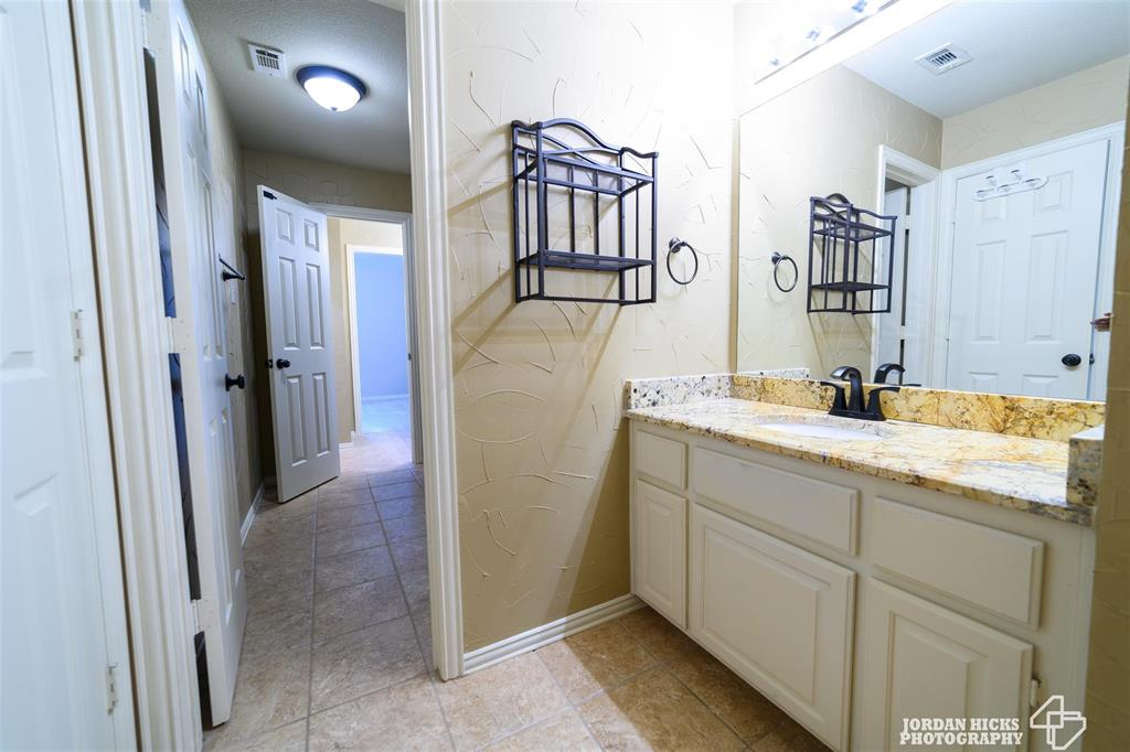 2717 Oates  Drive, Plano, Texas 75093 - acquisto real estate agent of the year mike shepherd