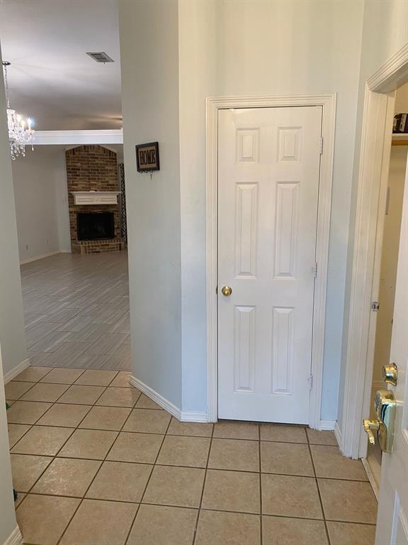 5503 Alta Verde  Circle, Arlington, Texas 76017 - acquisto real estate best realtor dfw jody daley liberty high school realtor