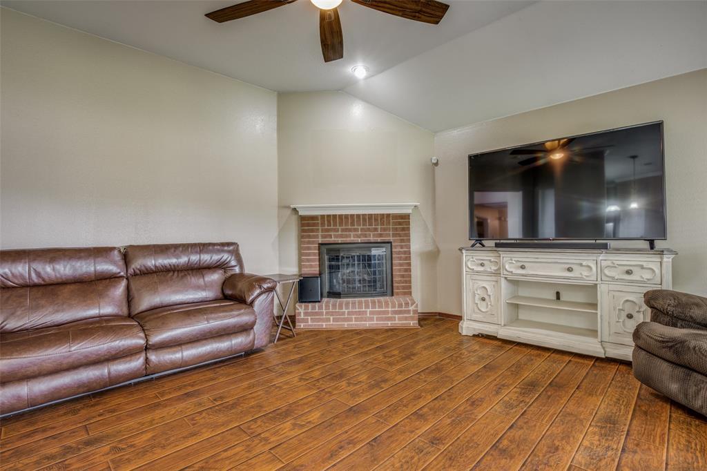 529 Kings Creek  Drive, Terrell, Texas 75161 - acquisto real estate best designer and realtor hannah ewing kind realtor