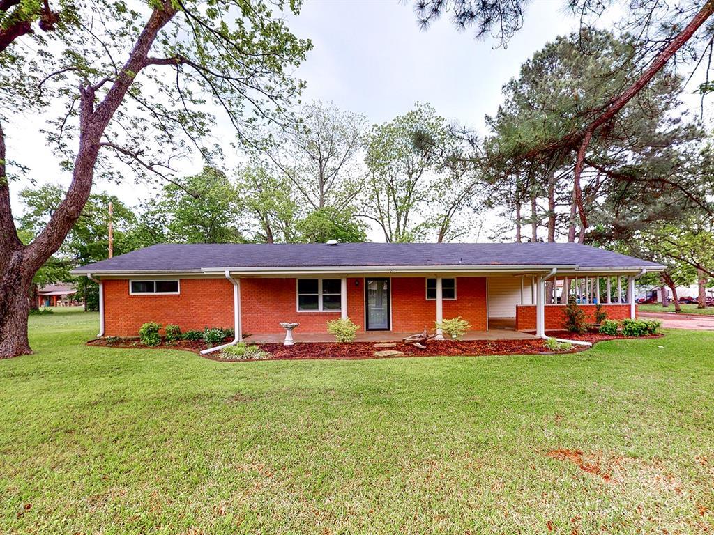210 Main  Street, Detroit, Texas 75436 - Acquisto Real Estate best frisco realtor Amy Gasperini 1031 exchange expert