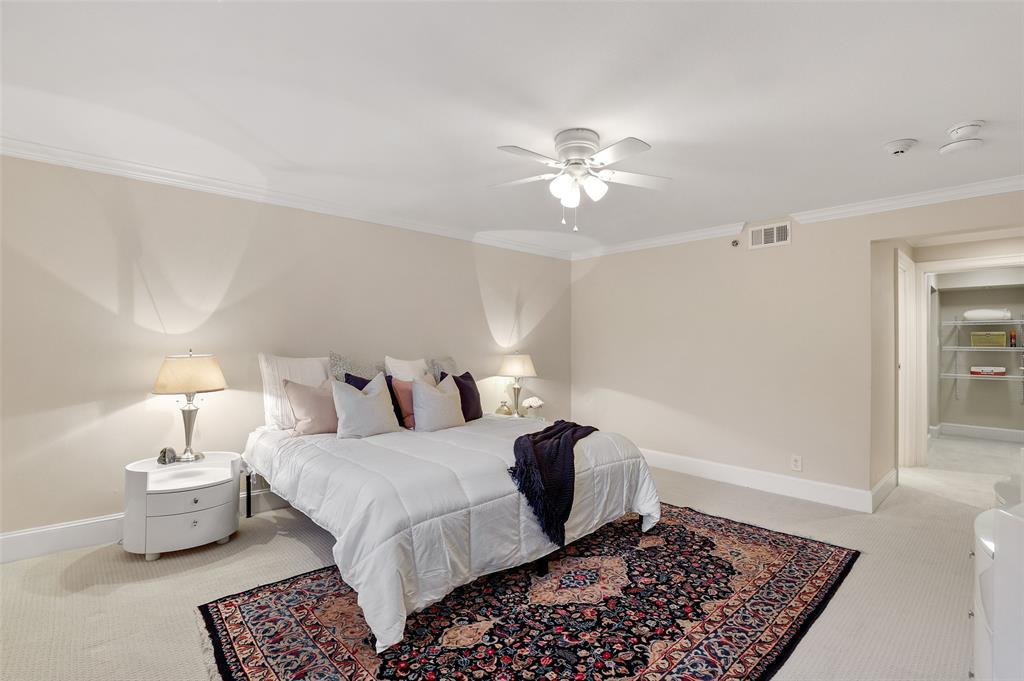 4242 Lomo Alto  Drive, Dallas, Texas 75219 - acquisto real estate best style realtor kim miller best real estate reviews dfw