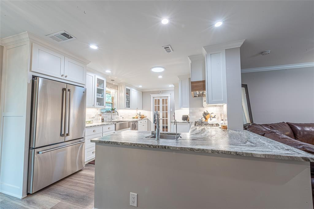 4508 Briarhaven  Road, Fort Worth, Texas 76109 - acquisto real estate best celina realtor logan lawrence best dressed realtor