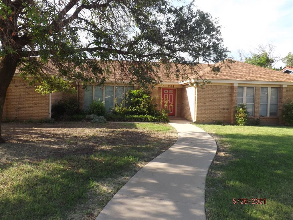 1044 4th  Street, Hamlin, Texas 79520 - Acquisto Real Estate best frisco realtor Amy Gasperini 1031 exchange expert
