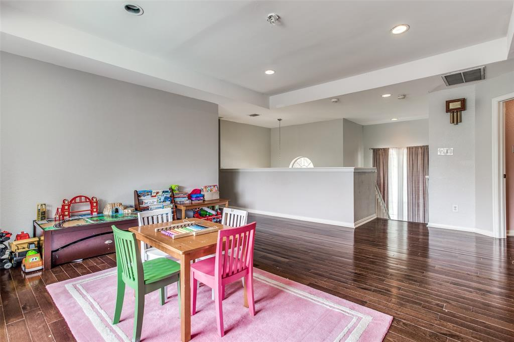 1704 Endicott  Drive, Plano, Texas 75025 - acquisto real estate best photo company frisco 3d listings