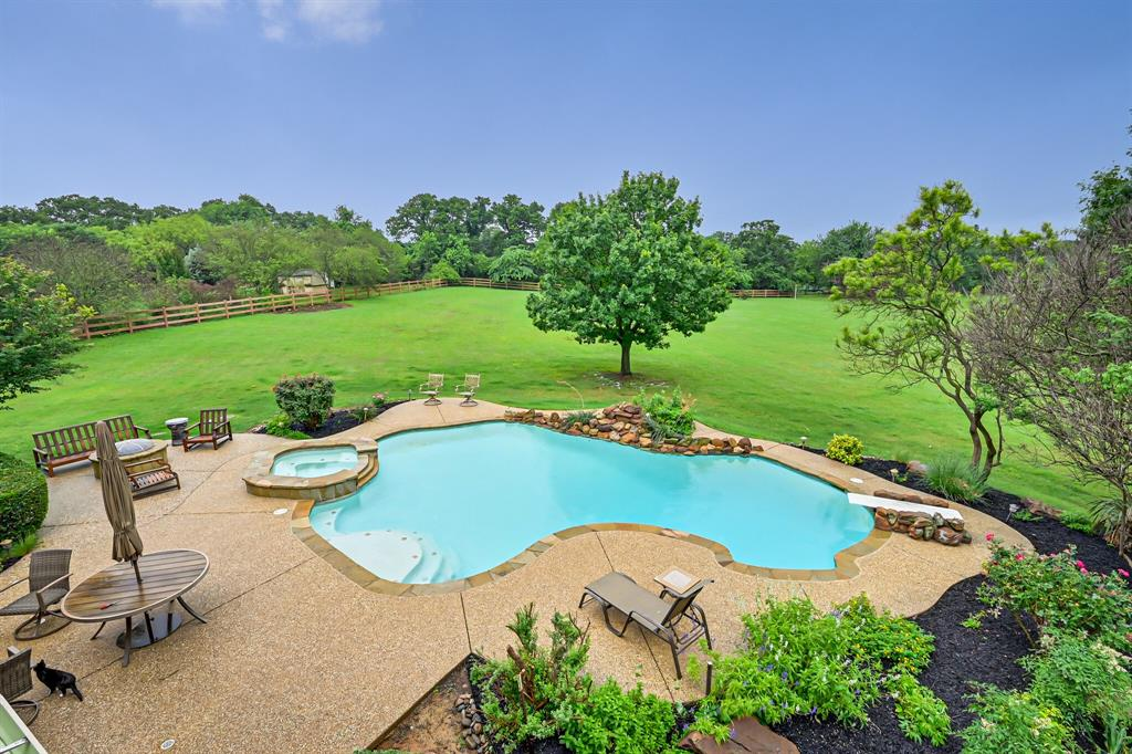 8104 Plum Creek  Trail, Burleson, Texas 76028 - Acquisto Real Estate best frisco realtor Amy Gasperini 1031 exchange expert