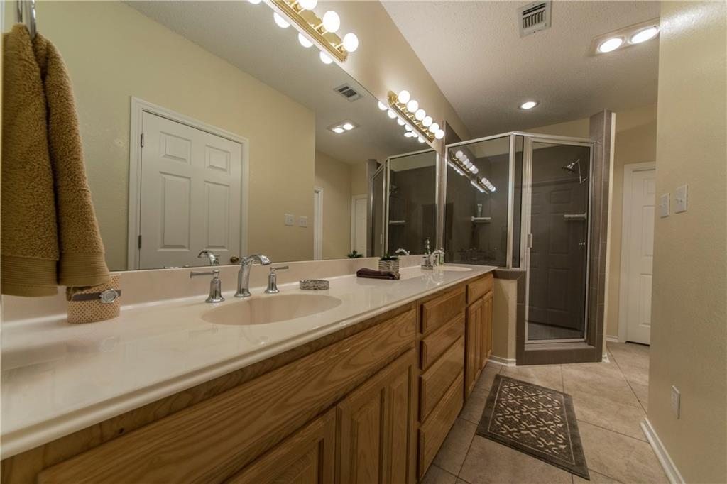 7121 Axis  Court, Fort Worth, Texas 76132 - acquisto real estate best realtor foreclosure real estate mike shepeherd walnut grove realtor