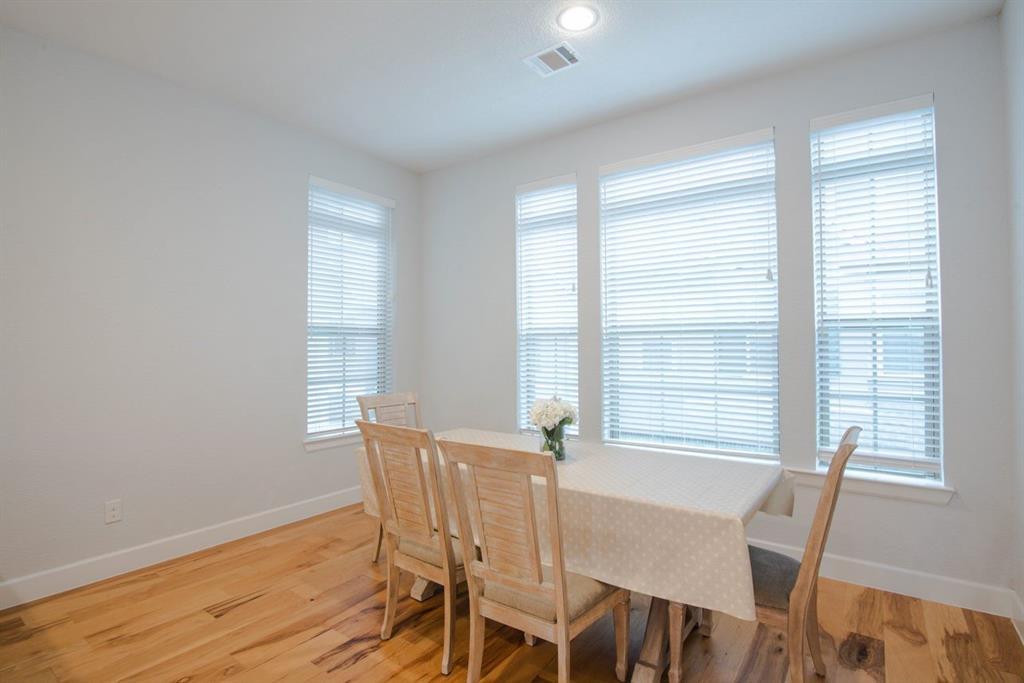 1140 Manacor  Lane, Dallas, Texas 75212 - acquisto real estate best real estate company in frisco texas real estate showings