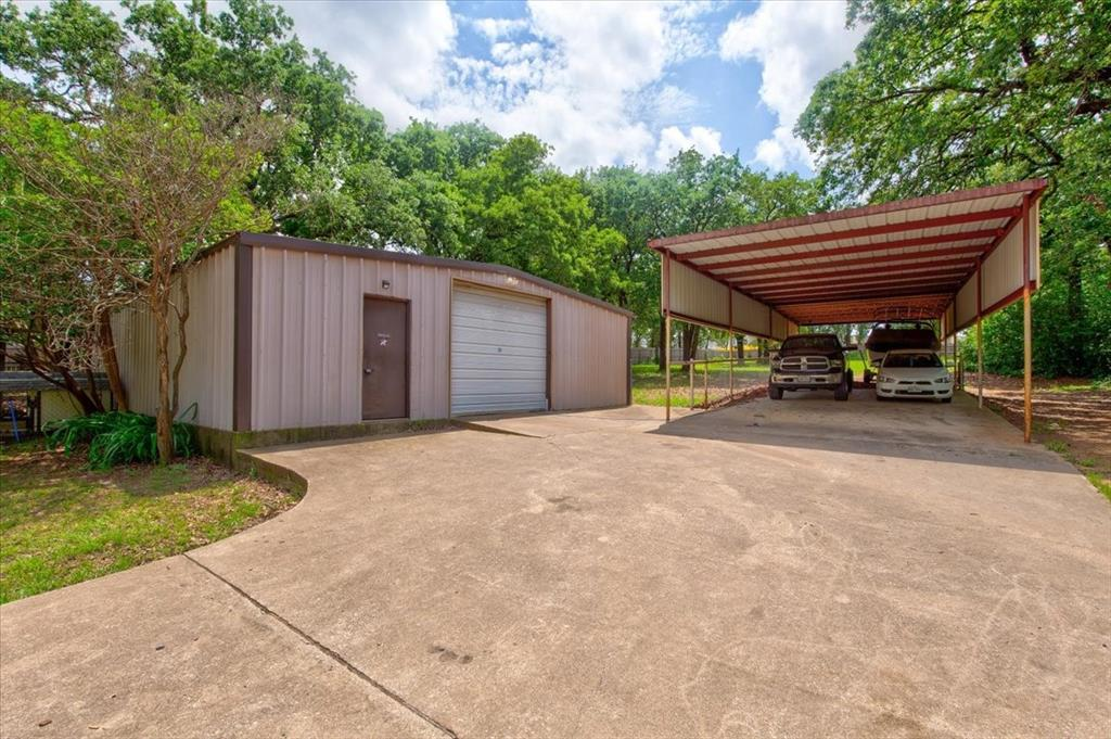 1112 Cooks  Lane, Fort Worth, Texas 76120 - acquisto real estate best the colony realtor linda miller the bridges real estate
