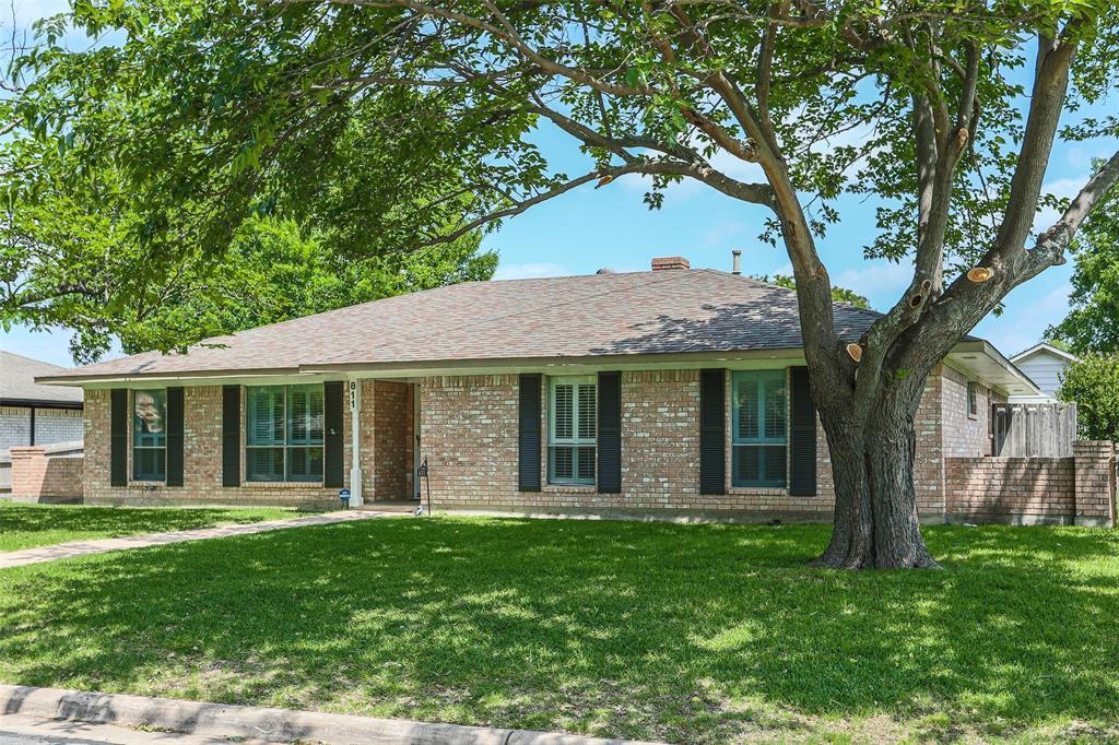 811 Lake Highlands  Drive, Allen, Texas 75002 - acquisto real estate best allen realtor kim miller hunters creek expert