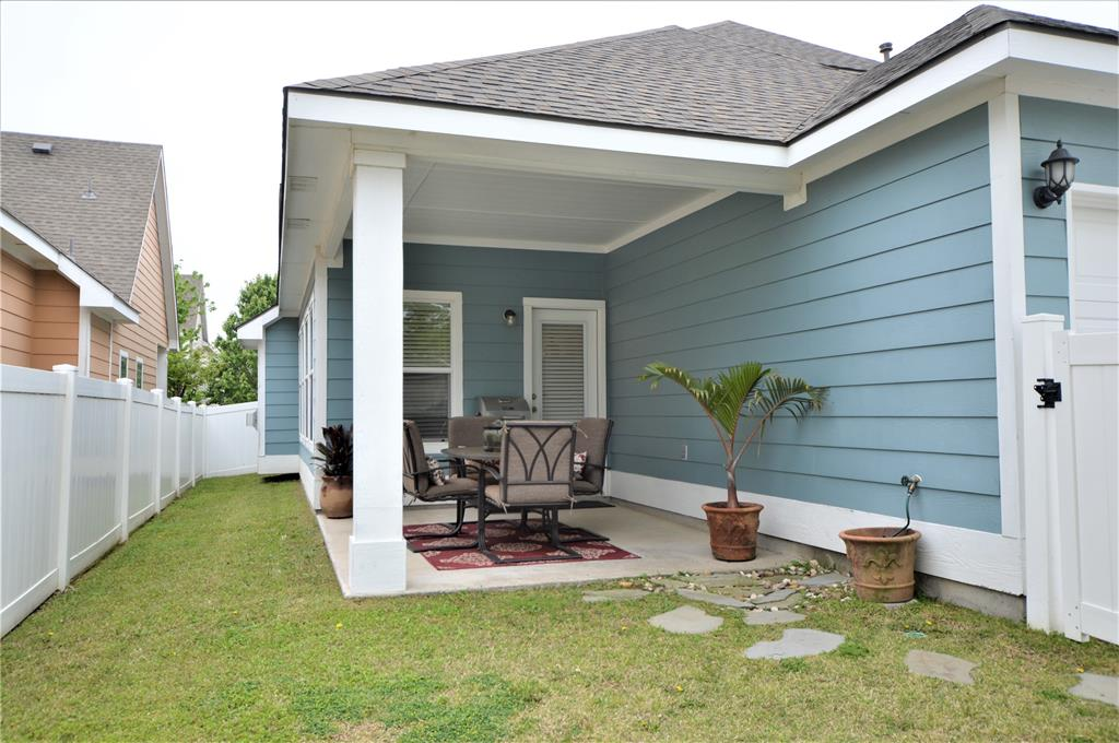 917 Appalachian  Lane, Savannah, Texas 76227 - acquisto real estate best realtor foreclosure real estate mike shepeherd walnut grove realtor