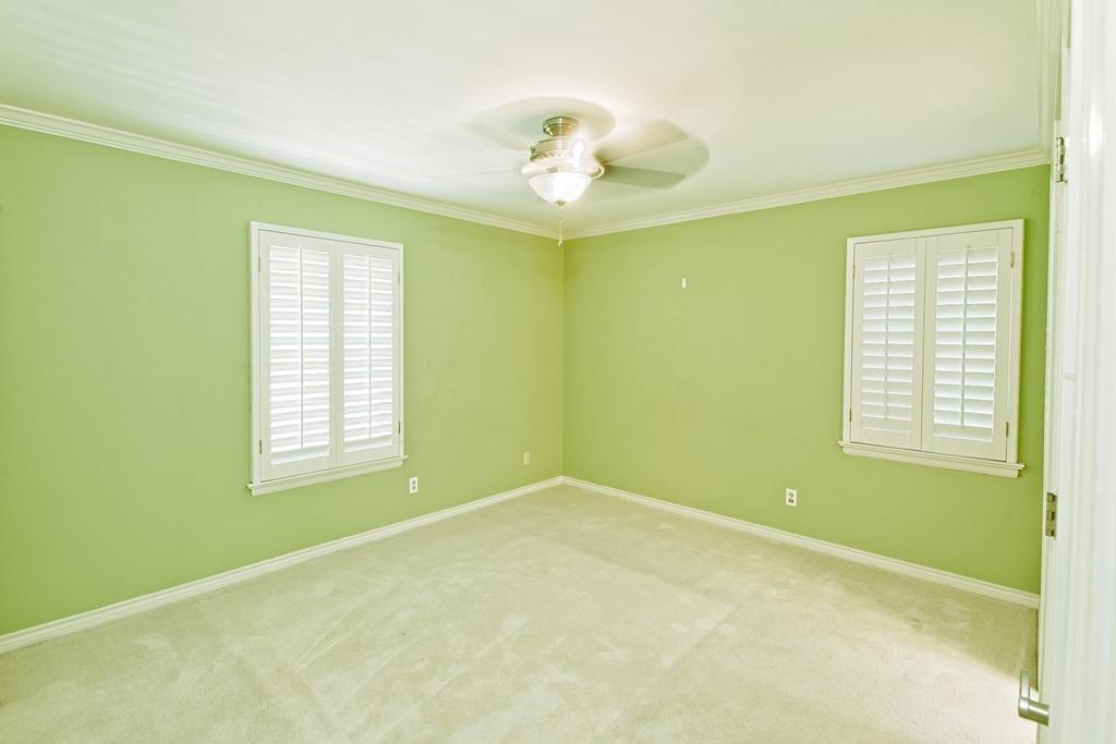 8635 Shagrock  Lane, Dallas, Texas 75238 - acquisto real estate best realtor dallas texas linda miller agent for cultural buyers