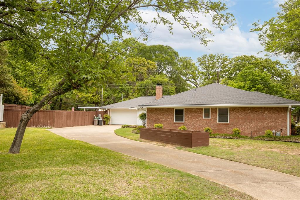 913 Circle  Lane, Bedford, Texas 76022 - acquisto real estate best the colony realtor linda miller the bridges real estate