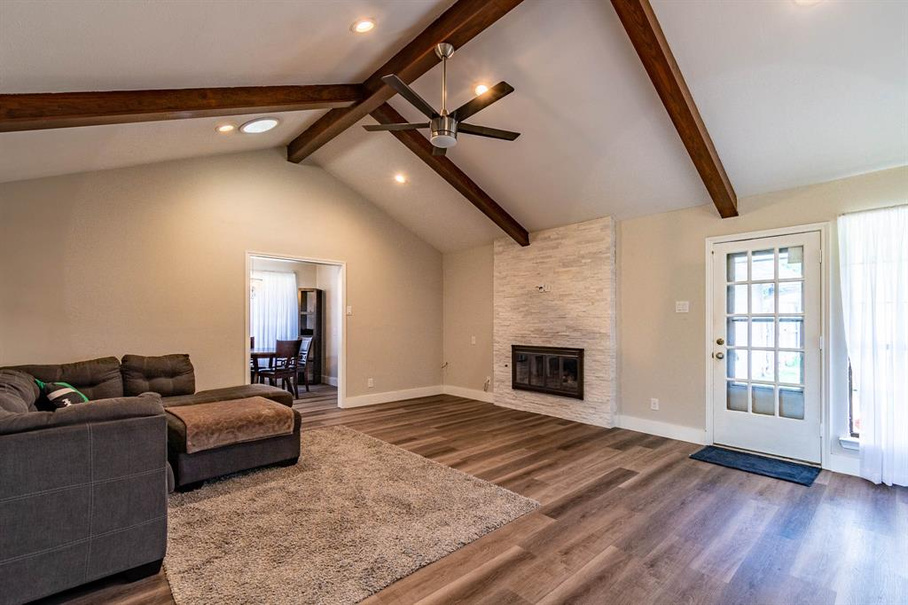 1949 Kentwood  Lane, Carrollton, Texas 75007 - acquisto real estate best listing listing agent in texas shana acquisto rich person realtor