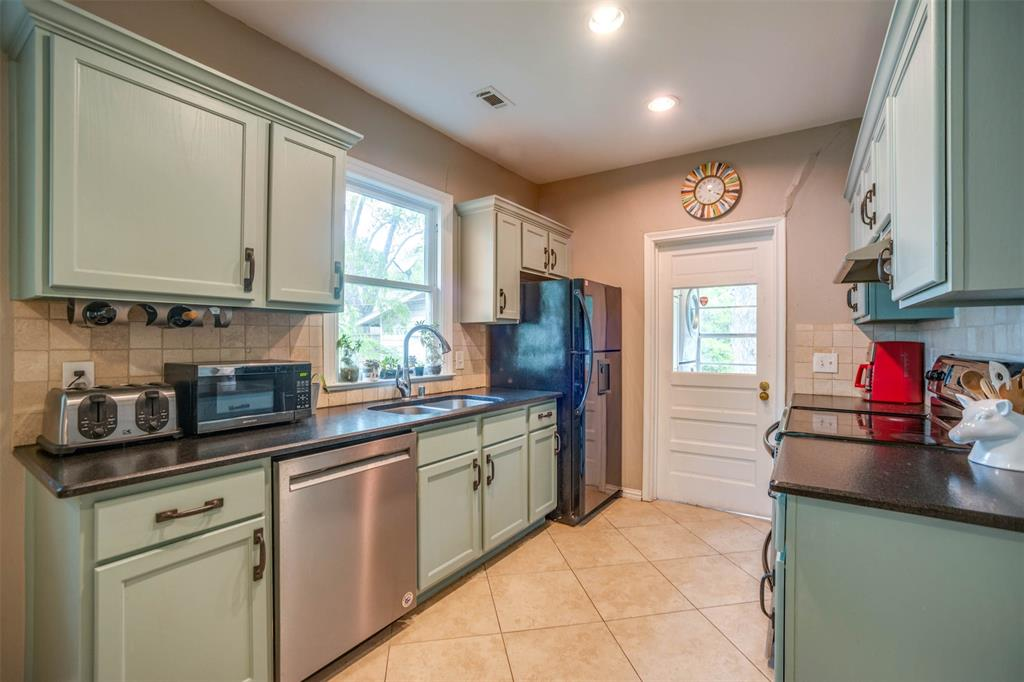 5335 Vickery  Boulevard, Dallas, Texas 75206 - acquisto real estate best luxury buyers agent in texas shana acquisto inheritance realtor