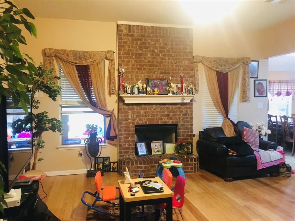 1216 Rio Vista  Drive, DeSoto, Texas 75115 - acquisto real estate best investor home specialist mike shepherd relocation expert