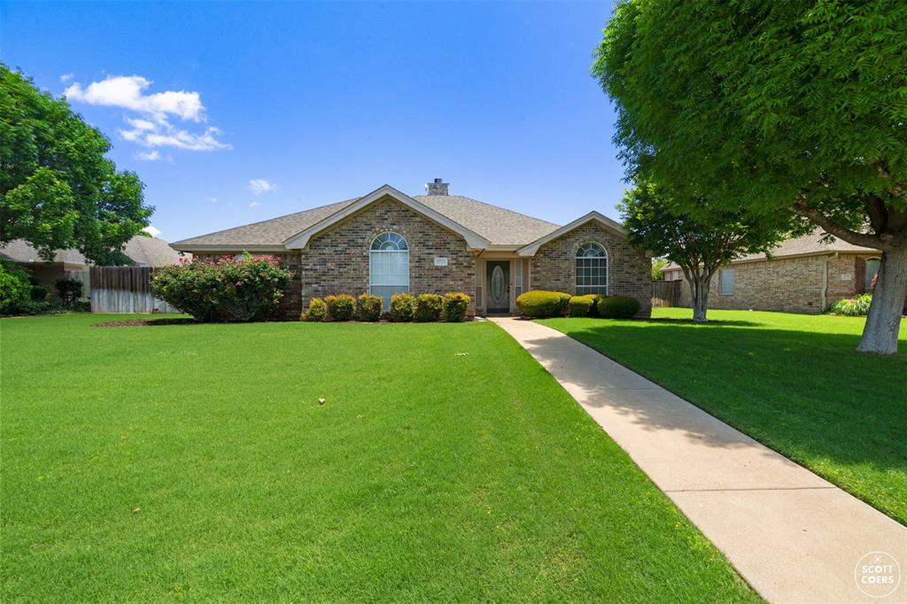 2713 Hunters Run  Brownwood, Texas 76801 - Acquisto Real Estate best plano realtor mike Shepherd home owners association expert