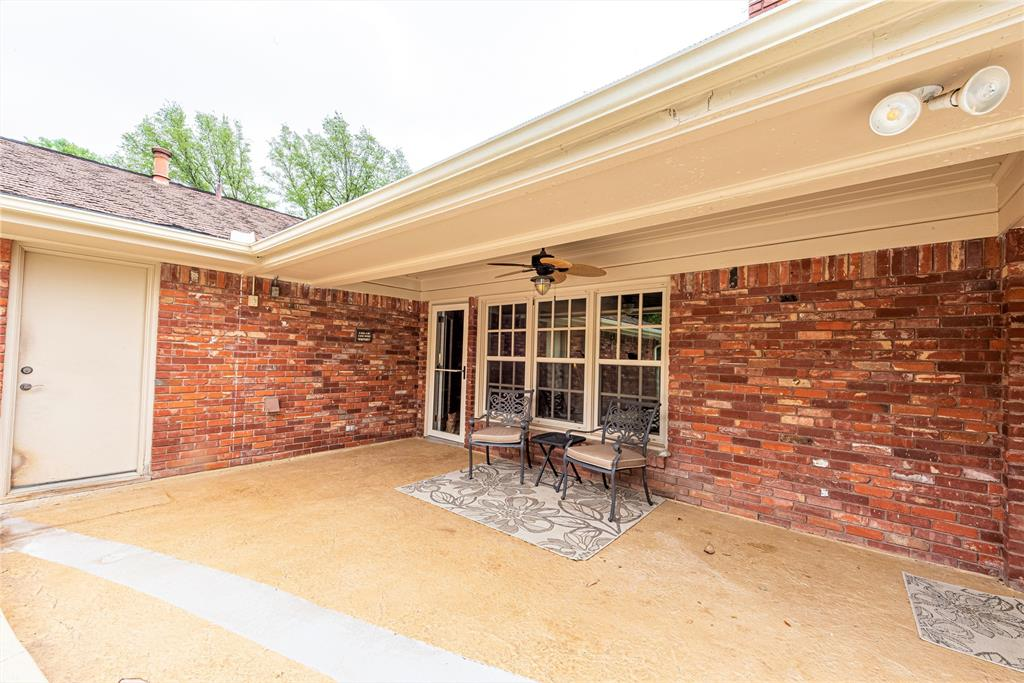 4508 Briarhaven  Road, Fort Worth, Texas 76109 - acquisto real estate best looking realtor in america shana acquisto