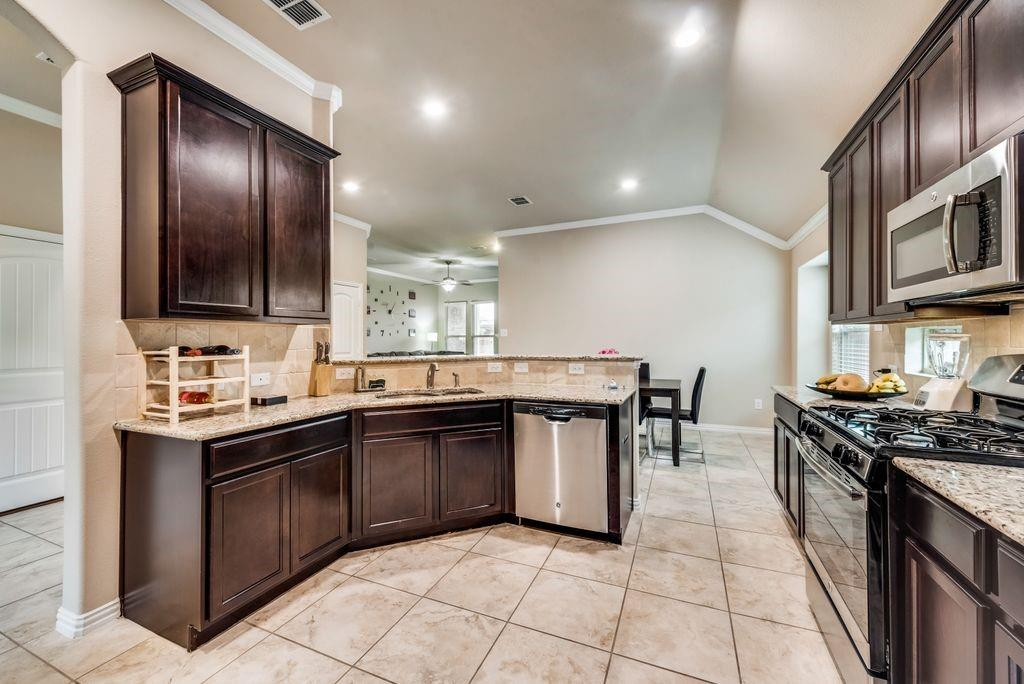 14628 Gilley  Lane, Haslet, Texas 76052 - acquisto real estate best real estate company to work for