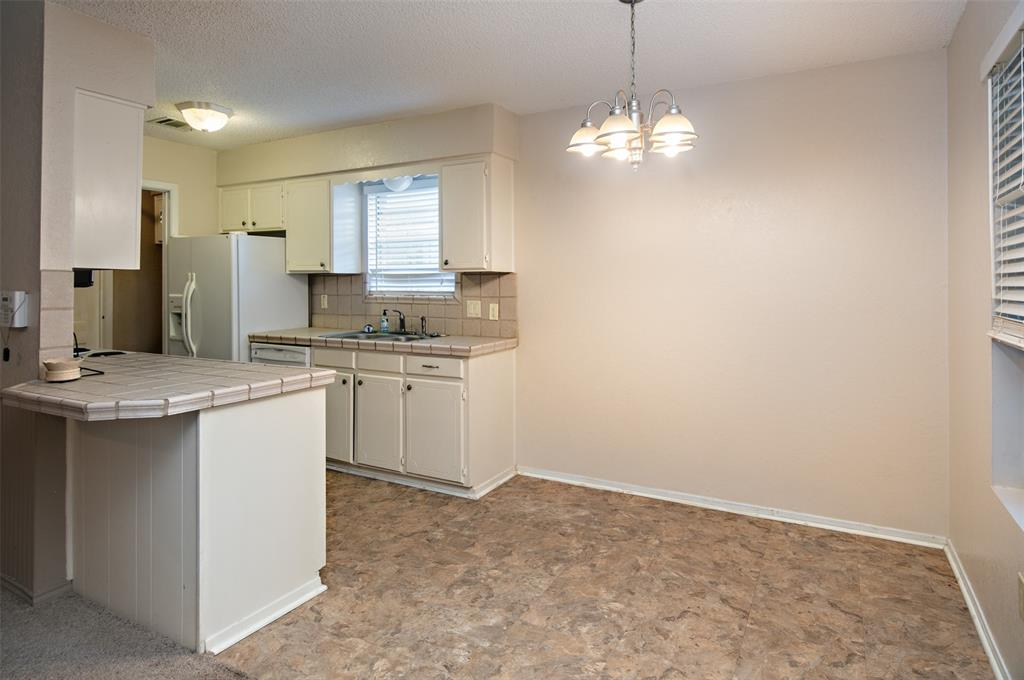 1737 Northwood  Boulevard, Corsicana, Texas 75110 - acquisto real estate best listing listing agent in texas shana acquisto rich person realtor